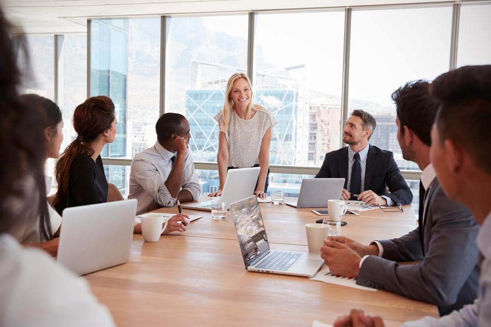 Online Presentation in Boardroom